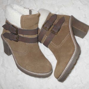 White Mountain Suede Lined Faux Fur Boots SZ 7